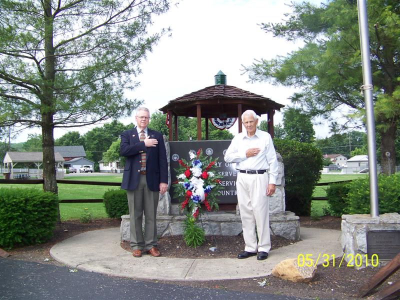 Icon of Memorial Day Wreath.2010 (Medium)